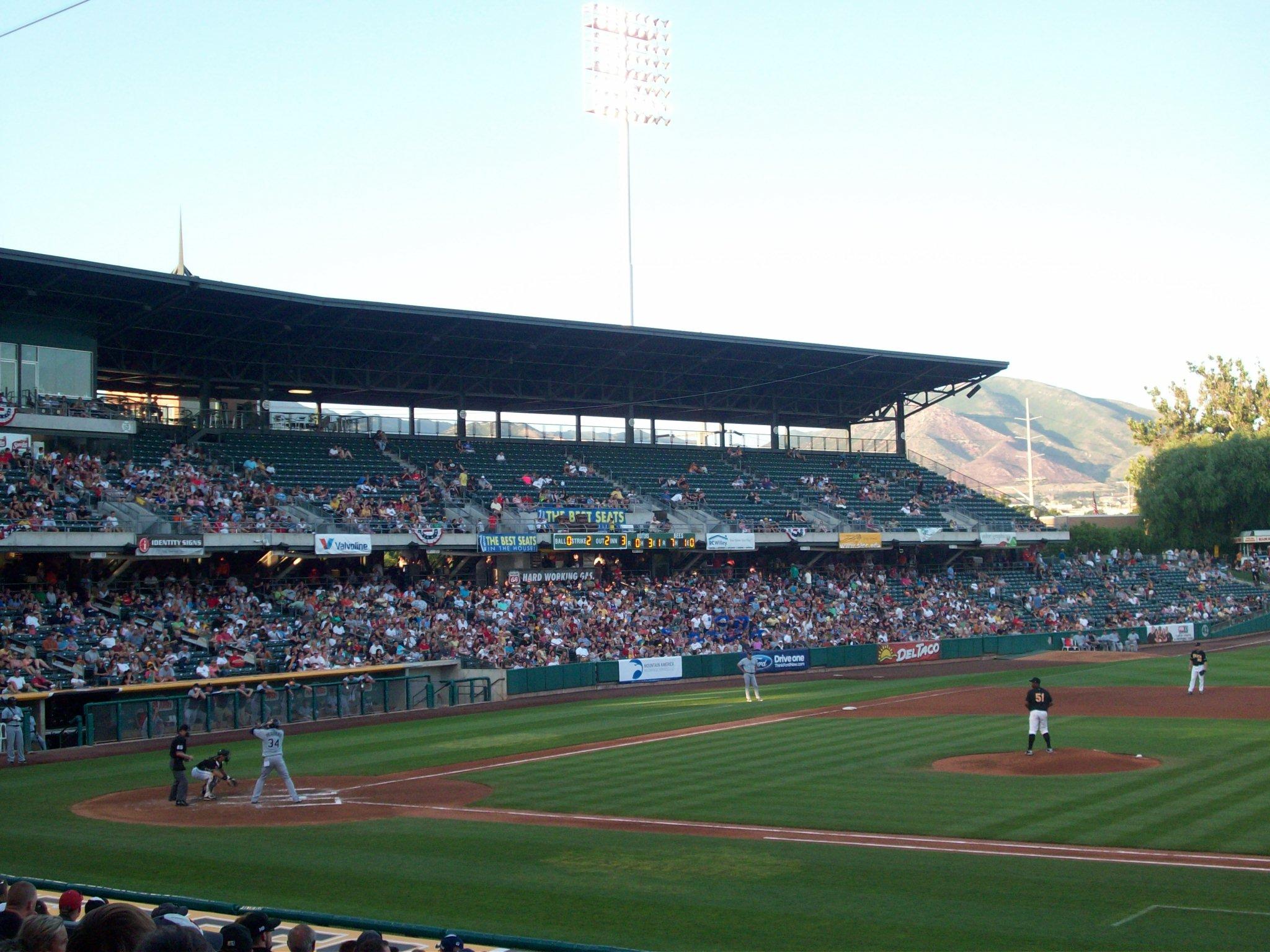 Smiths Park City >> Salt Lake City, UT (Smith's Ballpark and Squatters Pub) – Ballparks and Brews